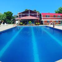 Sun Place, hotel em Las Tunas