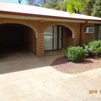 CCC - Central Clean Comfortable Apartment, hotel em Wagga Wagga