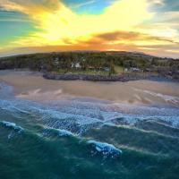 ABSOLUTE BEACH FRONT MACKAY - Comfort Resort Blue Pacific, hotel em Mackay
