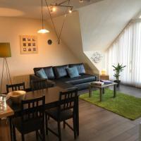 Comfortabel dakappartement met zicht op jachthaven, hotel in Turnhout