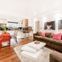 EXPERIENCE A FABULOUS BOUTIQUE HOME Off OXFORD ST