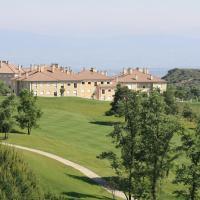 Apartamentos campo de golf, hotel en Sojuela