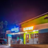 CCBC Resort Hotel - A Gay Men's Resort, hotel in Cathedral City