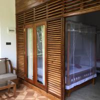 Gold ocean house, hotel in Hiriketiya