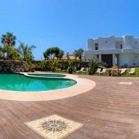 Apartamentos Turisticos Bahia De Trafalgar, hotel en Zahora