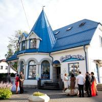 Viesnīca Baltā māja Rīgā, netālu no vietas Rīgas Starptautiskā lidosta - RIX