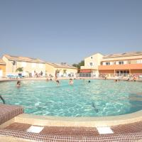 Vacancéole - Les Demeures Torrellanes - Saint-Cyprien, hotel in Saint-Cyprien