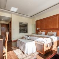 Hotel Reenam, hotel in Leh