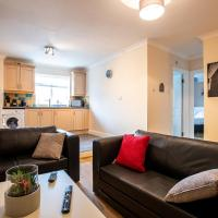 2 Bedroom Apartment, Castle Walk, hotel in Stansted Mountfitchet