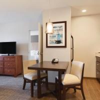 Homewood Suites by Hilton Burlington, hotel in Burlington
