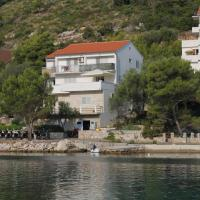 Apartments by the sea Pasadur, Lastovo - 8351, hotel in Ubli