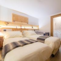 Maison Julie-lungo la via Francigena, hotel in Etroubles