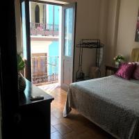 ★ Elegant Crystal Apt at Casa of Essence located in ♥ of Old San Juan ★, hotel in Old San Juan, San Juan