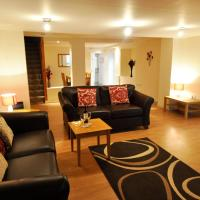 Dufftown Square Apartment