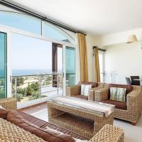Joya Cyprus Margarita Penthouse Apartment, hotel in Ayios Amvrosios