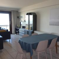 Residentie Sofia, Coxy-Beach, Iepenwal, Kraaienest, Atlantic, Royal, Miramar, hotel em Koksijde