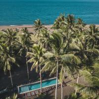 SomeWhere Else Boutique Resort, hotel in Mambajao