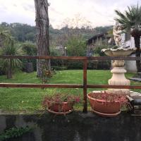13 Via Pavone, отель в городе Дзафферана-Этнеа