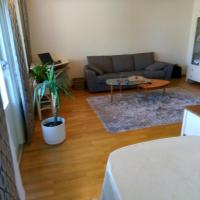 Cozy and comfortable two room apartment, hotel in Hyvinkää