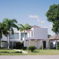 """Villa """"Bella Luna"""", hotel in Punta Cana"""