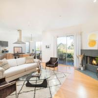 Detached 3BR Silverlake Home - Huge Private Yard, hotel in Silver Lake, Los Angeles