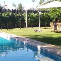 TRES SEIS TRES CNCO BED & BREAKFAST, hotel near Governor Francisco Gabrielli International Airport - MDZ, Mendoza