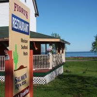 Salmon River B&B, hotel em Saint Martins