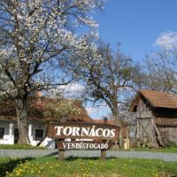 Őrségi Tornácos Vendégfogadó, hotel in Felsőszenterzsébet