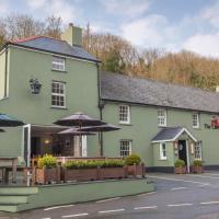 The Cambrian Inn, hotel in Solva