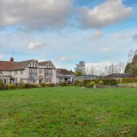 Fifield Lodge