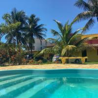 Pousada dos Gravatais, hotel in Marataizes