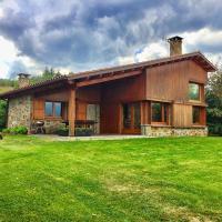 Casa PereCampelles - Vall de Núria - Ripollès, hotel in Campelles