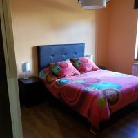 Piso en Lieres, hotel en Acebal