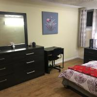 Self check in spacious apartment in Orleans, ON, hotel em Ottawa