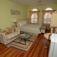 Dawkins Manor Apartment & Suites, 29 St. Michael's Rd, hotel in Paget Parish
