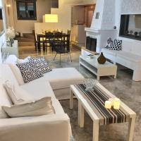 Villa Calm House, hotel in Livadia