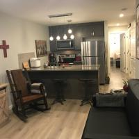 Home Sweet Condo, hotel in Calgary