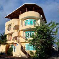 Ariana's Galapagos Hostal, hotel em Puerto Ayora