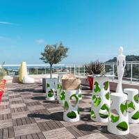 Ibis Styles Hyères Rooftop & Spa、イエールのホテル