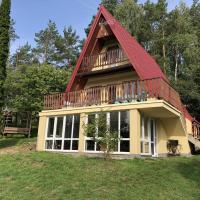 Dom Nad Jeziorem Raduńskim – hotel w mieście Borucino