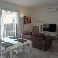 Omega Court, Apartment 1, hotel in Iklin