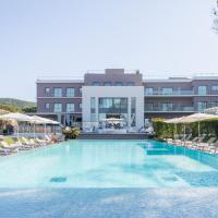 Kube Saint-Tropez, отель в Сен-Тропе
