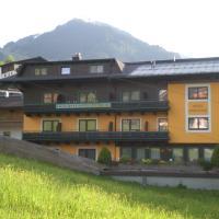 Hotel-Pension Wolfgang, hotelli Saalbachissa