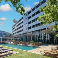 Protea Hotel by Marriott O R Tambo Airport, hotel near O.R. Tambo International Airport - JNB, Kempton Park