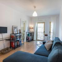 Worldly, welcoming flat in Campo Pequeno