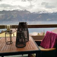 Swiss Seeblick Apartment mit Hotelanbindung, hotel en Beatenberg