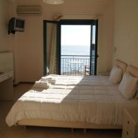 Gorgones, sea-front, great view, ξενοδοχείο στην Καρδαμύλη