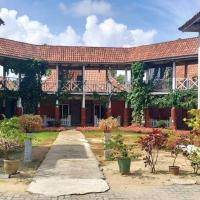 Iz Village, hotel in Kampung Kuala Besut