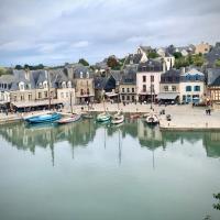 T2 Port de Saint-Goustan, hôtel à Auray