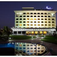 Sun-n-Sand Shirdi, hotel in Shirdi
